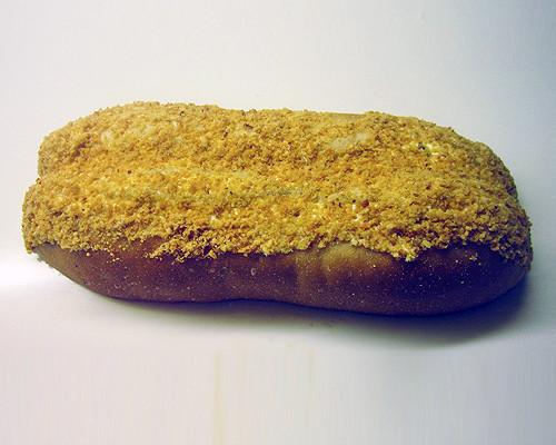 花生夾心麵包