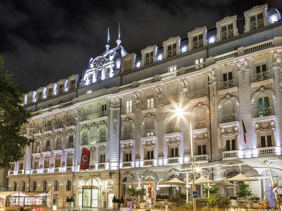 Hotel-Boscolo-Exedra-Nice-Facade-by-nigh
