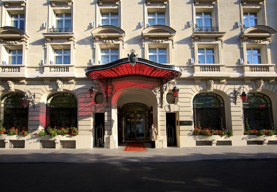Le-Royal-Monceau-Raffles-Paris-Façade-6-