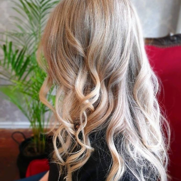 Long Curls.jpg