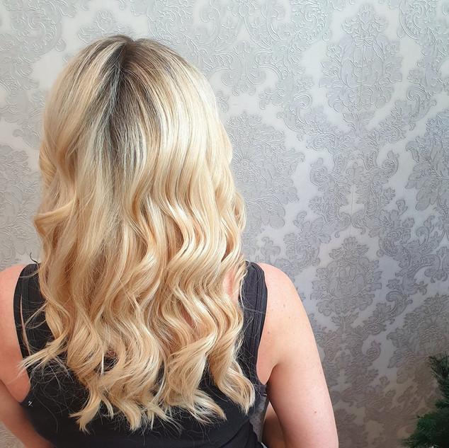Curls Blonde.jpg