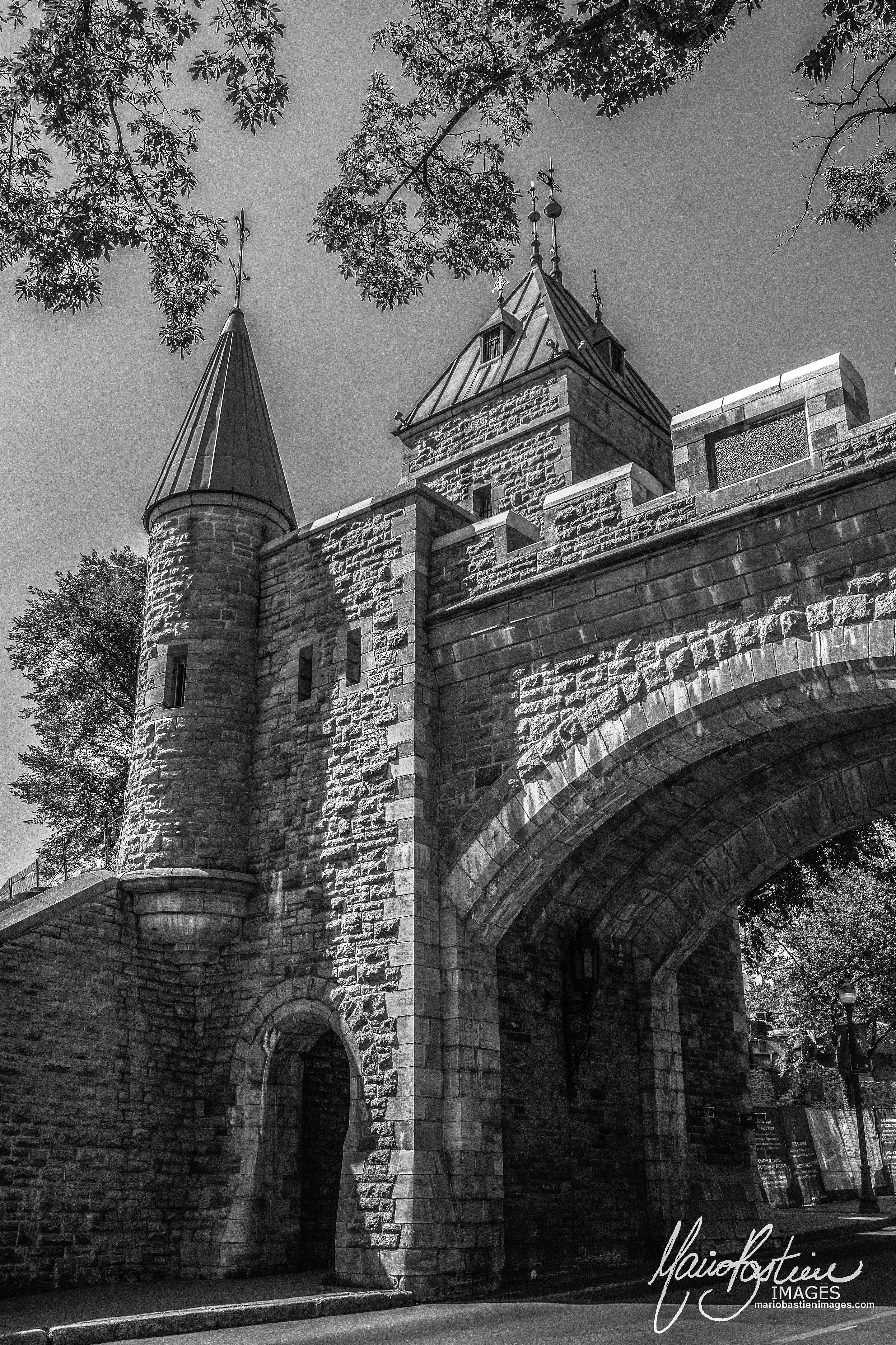 Porte St-Louis