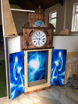dino clock1.jpg