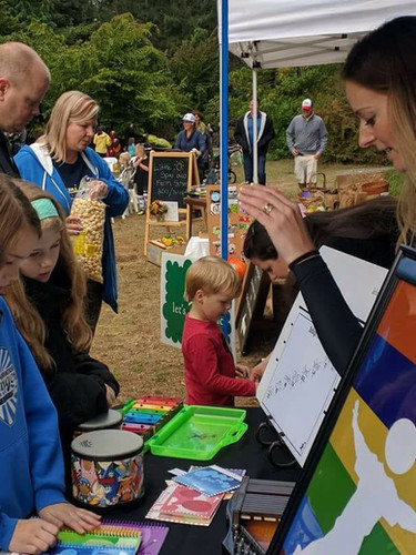 Meet Ms. Rachel at local community events and fairs!
