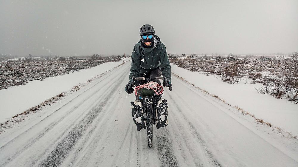 Mit dem Rad durchs verschneite Norwegen
