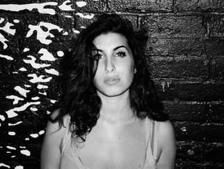 ★ Amy Winehouse Essentials