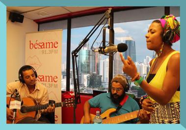 Live performance on Radio Bésame.