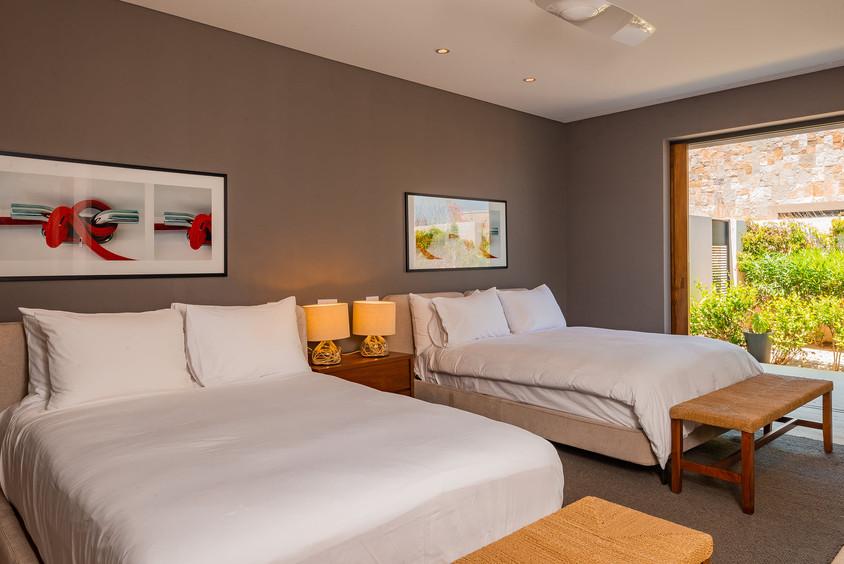 West Enclave Ritz Carlton Residence 7 (2