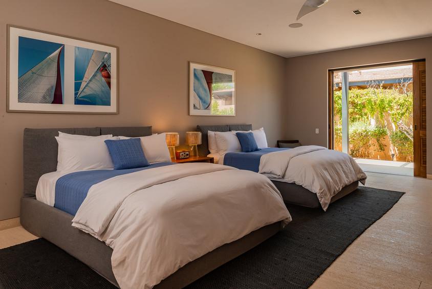 West Enclave Ritz Carlton Residence 7 (9