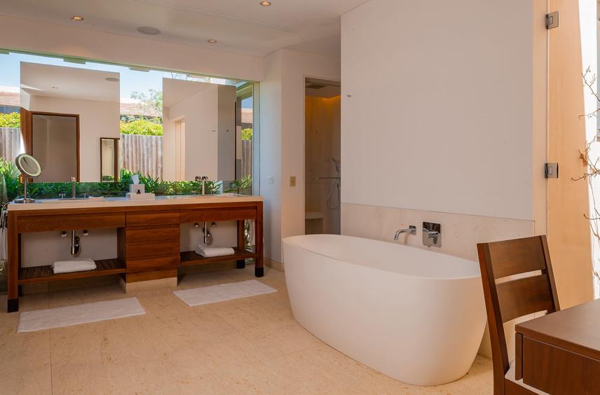 West Enclave Ritz Carlton Residence 7 (7