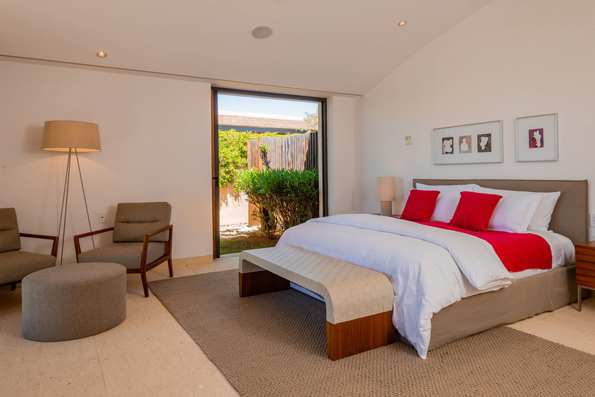 West Enclave Ritz Carlton Residence 7 (6