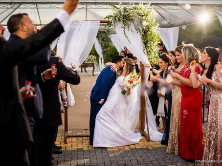 Seu casamento ao ar livre : dicas e lembrancinhas