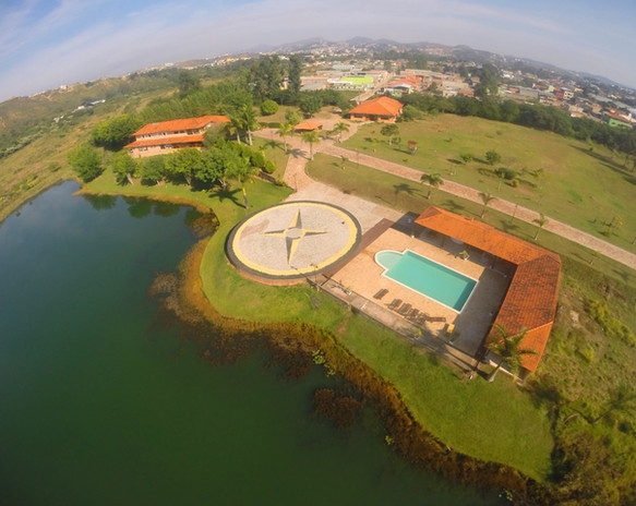 Imagem aérea jardins e convivência Lagos
