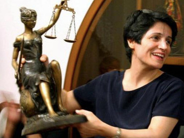 This year's Human Rights Award is bestowed on Nasrin Sotoudeh by the German Judges' Association