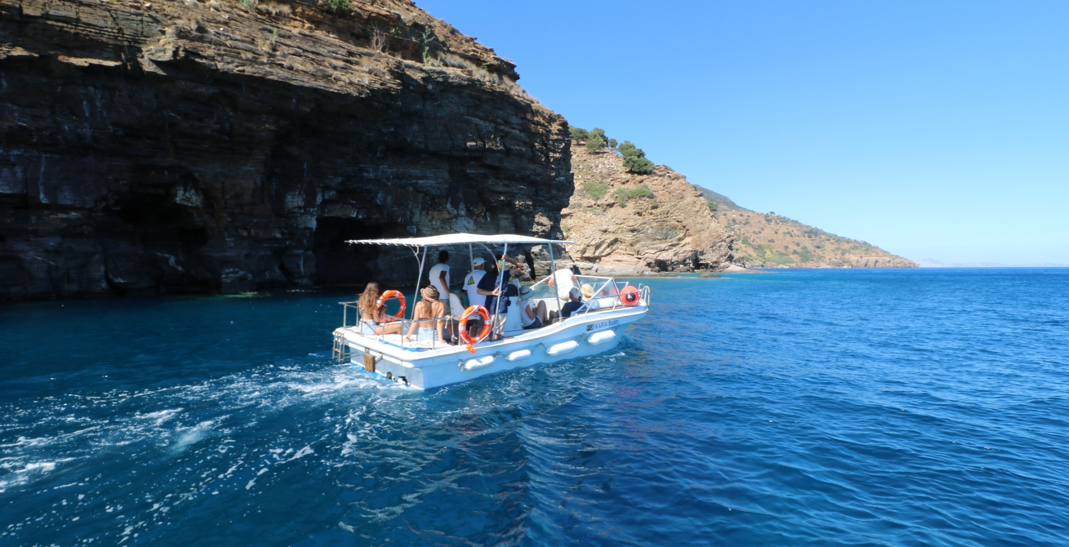 Beach hopping tour Ikaria by boat