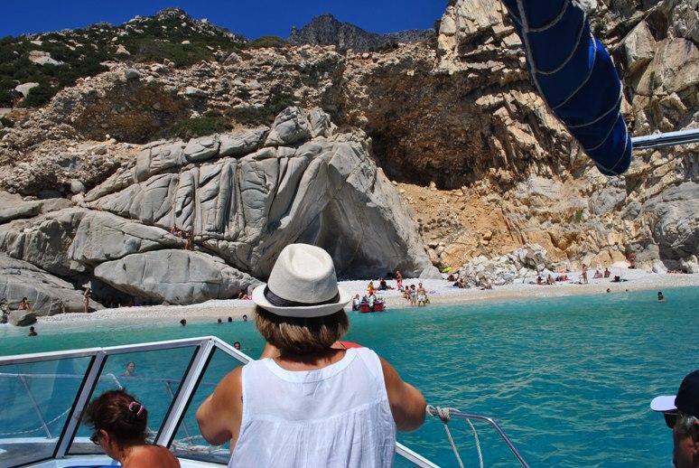 Boat tour Seychelles beach Ikaria