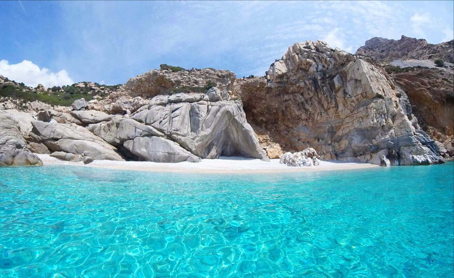 Seychelles beach hopping tour Ikaria