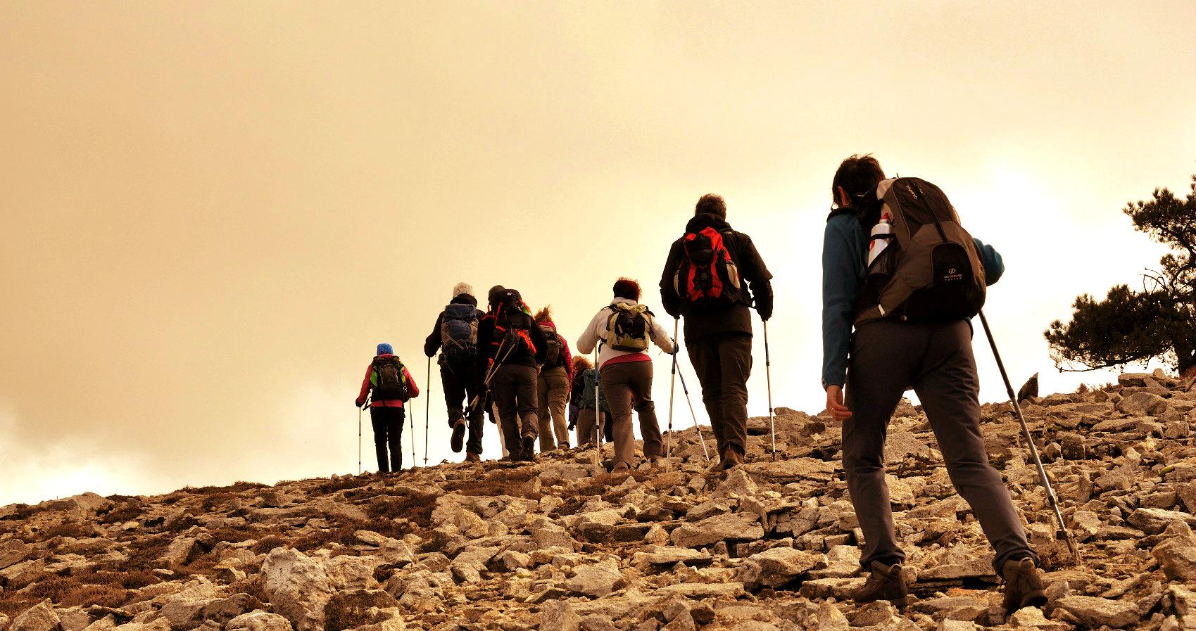 Avoid main trails,embrace uniqueness