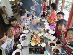 子どもたちのキャンプ BBQ