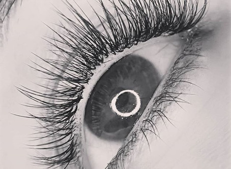 Natural looking, safely applied Eyelash Extensions Melbourne
