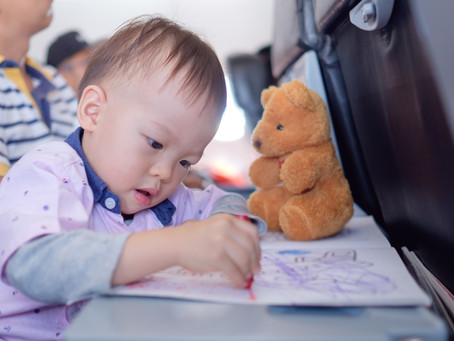 Flying With A Toddler – 15 Tips and Ideas