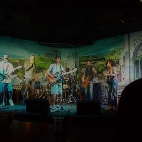Finley's Irish Pub - OCT 6th