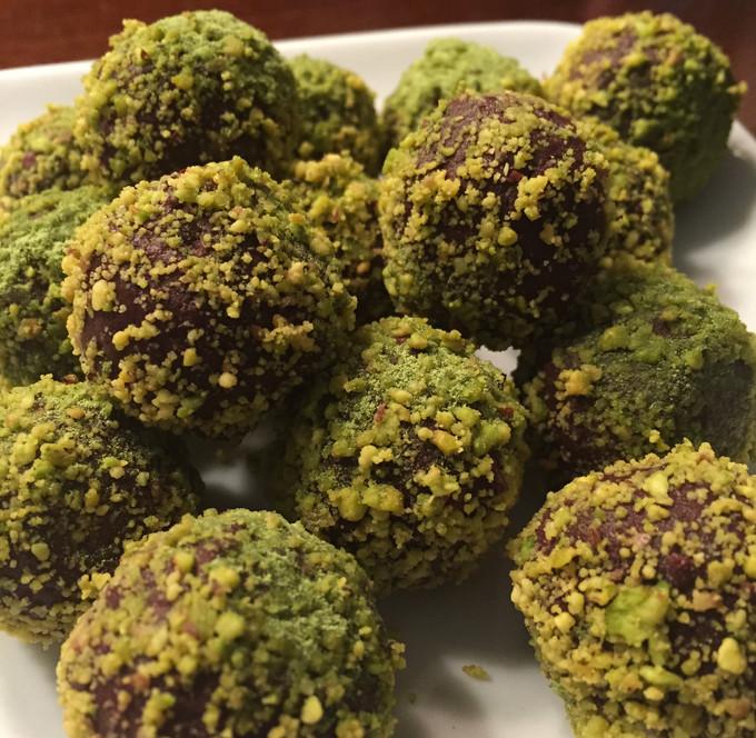 Matcha Pistachio Chocolate Truffles