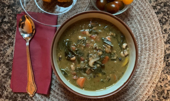 Spicy Collards & Black-eyed Pea Soup