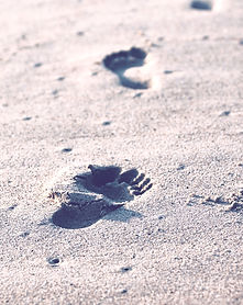 Sand%20footprints_edited.jpg