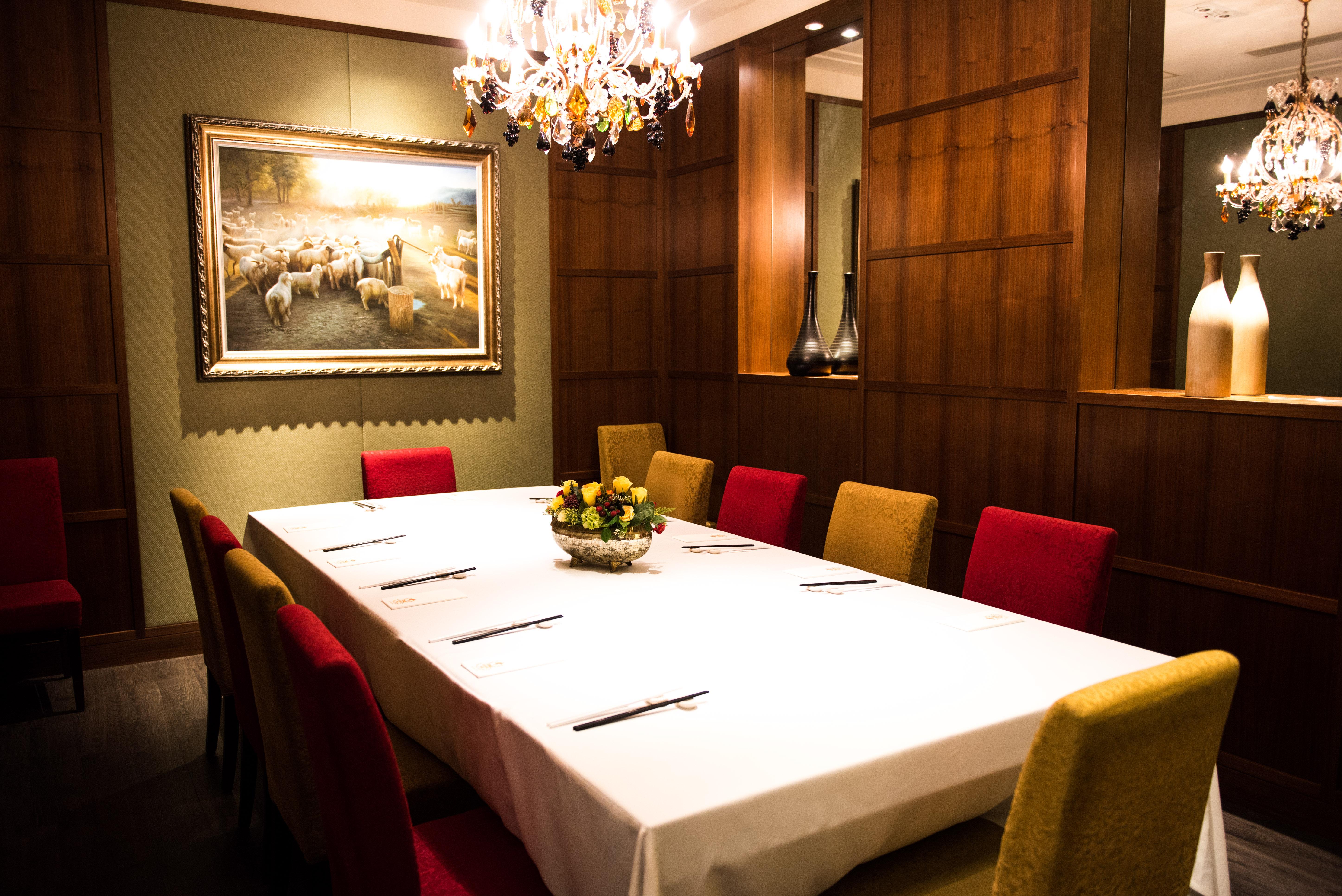 中層  : 獨立用餐室