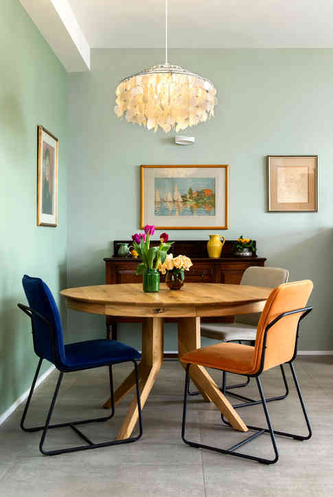 שולחן רגל ציפור מעץ מלא - אסף רהיטי איכות / כיסאות צבעוניים - ביתילי