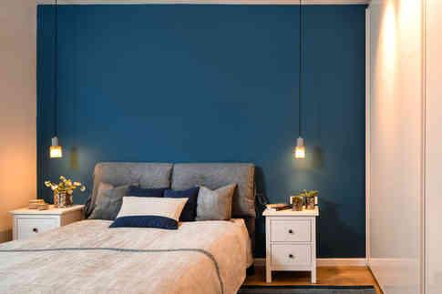 מיטה - ביתילי / תאורה לצד מיטה - כלי אור