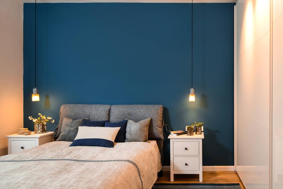 קיר כח כחול מטריף זה כל מה שצריך