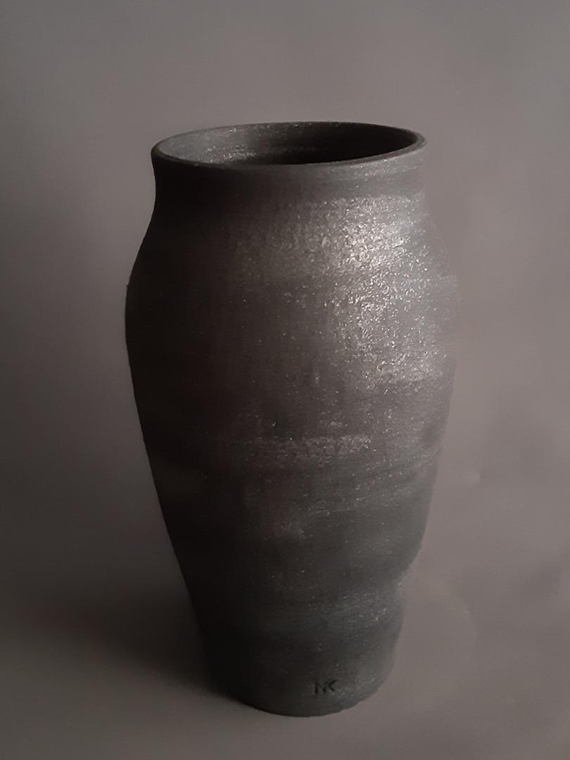Lava Stone effect decorative vase - L0053IL