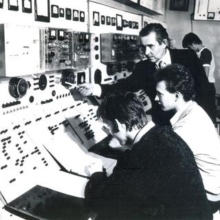 Лаборатория электрооборудования промышле