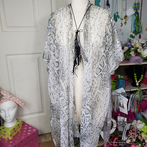 Lightweight Light Gray Python Print Kimono