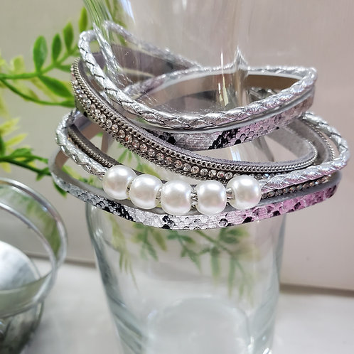 3 Strand Dble Wrap Silver Faux Leather Bracelet w/Faux beads magnetic clasp