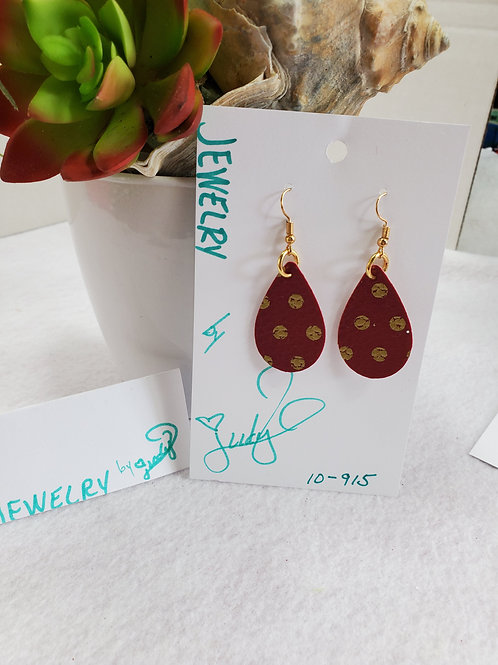 Maroon w/ gold dots leather teardrop with gold-tone wires