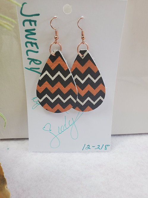 Black/Orange/White Zig-Zags Leather Teardrop w/copper-tone wires