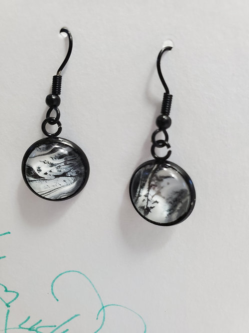 Artistic Acrylic Black/White Dangle Earrings on Black-tone metal