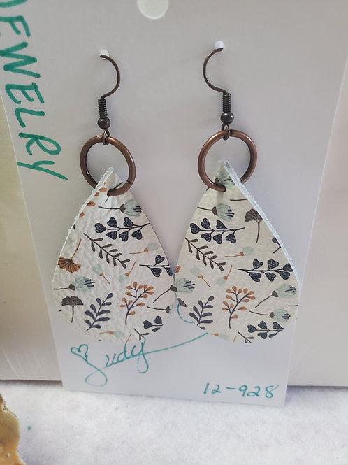 Blue/Tan/White Floral Leather Teardrop w/dark copper wires