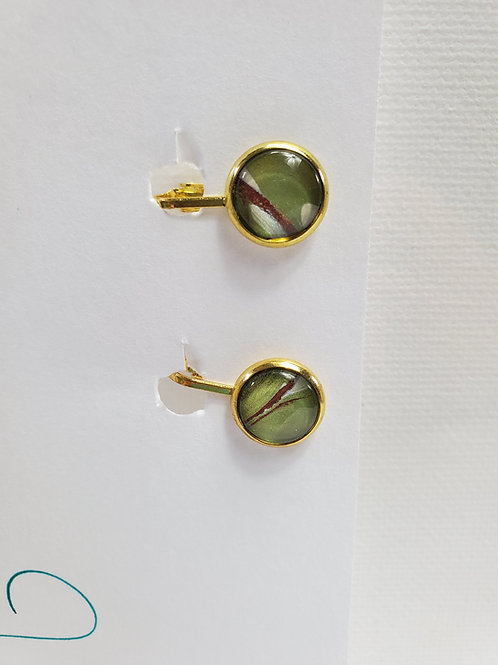 Artistic Acrylic Green/Bronze/Pearl CLIP-ON Earrings gold-tone metal