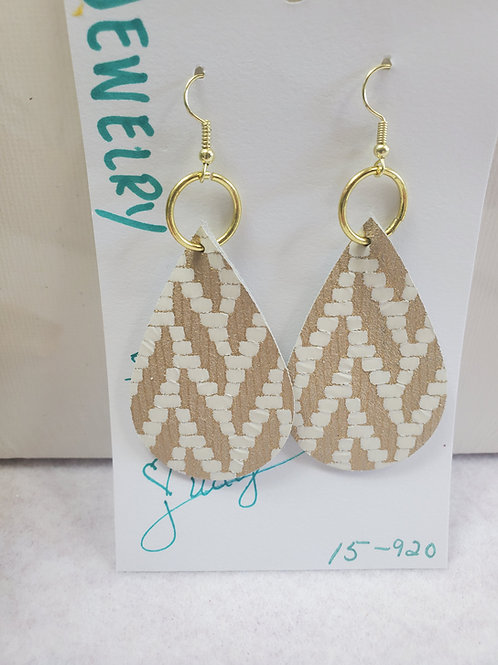 Tan and white patterned leather Teardrop w/gold-tone wires