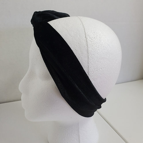 Black Velvet Wire-wrapped Head