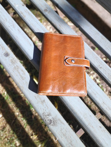 Why You Need A Leather Organiser