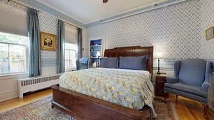 Blue Ribbon Bedroom -Holbrook House Bar