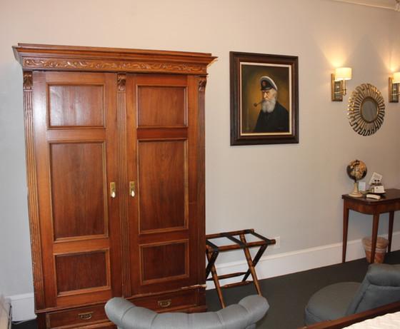 Seafarer Bedroom with Wardrobe
