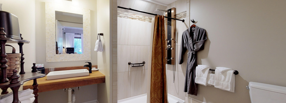 Lafayette Suite Bathroom .jpg