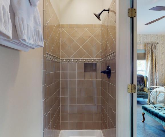 Robin's Nest Bathroom Shower