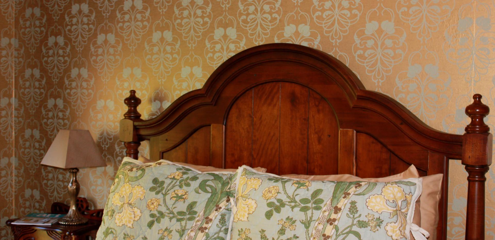 Garden Room second floor queen room